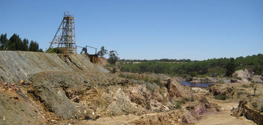 Avrupa Minerals Reports First Drilling Results at Sesmarias